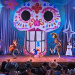 Disney en Pixar's 'Coco' komt op 17 juli naar 'Mickey's PhilharMagic' in Disneyland Paris