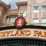Vanaf 30 augustus hebben alle Disneyland Paris Cast Members een gezondheidspas nodig om naar hun werk te gaan